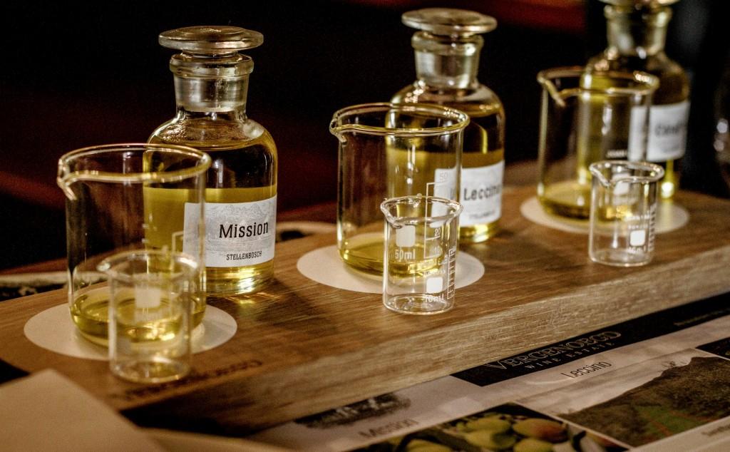 Olive oil blending